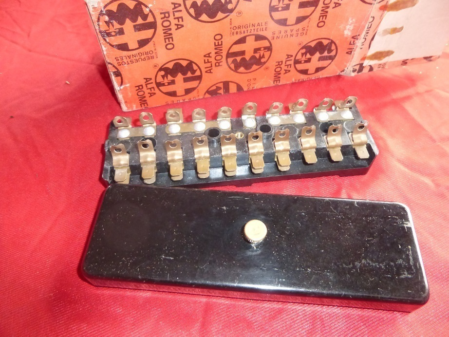 original alfa romeo type 105/101 fuse box new 105140603003/30 - welcome to  our online shop  italian car parts shop