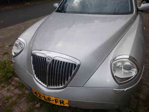 Original Lancia Thesis yr. 01 - 07 front hood in silver