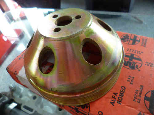 Original Alfa Romeo Spider type 105 series 4 pulley for servo 60550514 NEW
