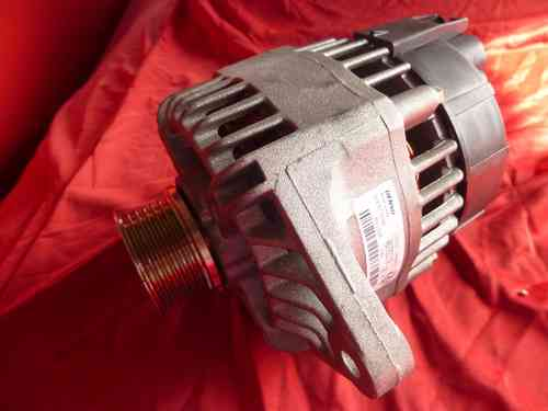 Original Alfa Romeo Spider Gtv 916 / GT / 166 / 156 / 147 alternator 90A 46782219 / 51859642 NEW